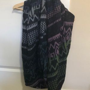 Wilfred infinity scarf